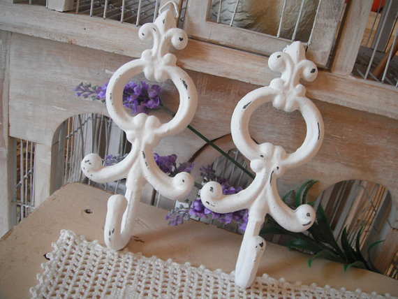 Hooks livingroom